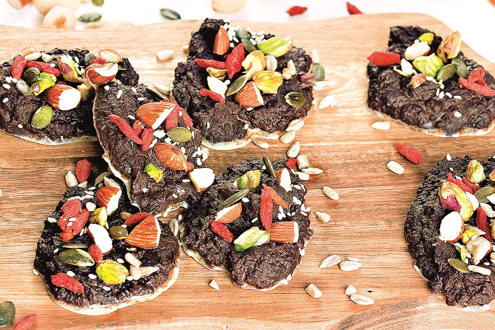 Čokoládové placičky se sušeným ovocem
